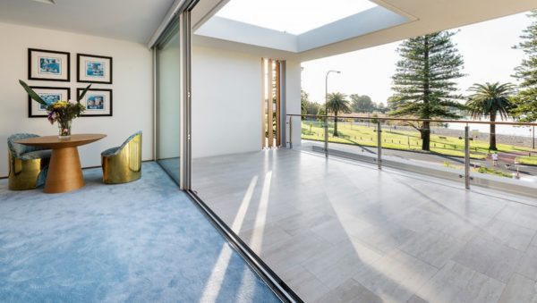 Connection between indoor & outdoor living at our Lake Monger project