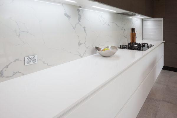 Qstone kitchen bench top in 'Diamond White'