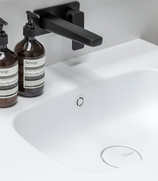 Moulded Corian Seamless Sink