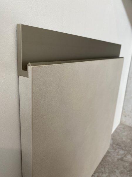 Arrital AK_Project Door Sample with 'Up' metal handle